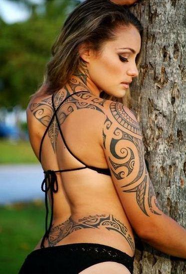 A girls Polynesian tattoo - tatuajes maories