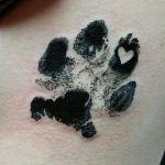 huellas de gato tattoo tatuajes 2 150x150