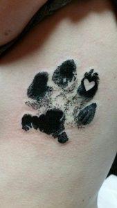 huellas de gato tattoo tatuajes 2 169x300