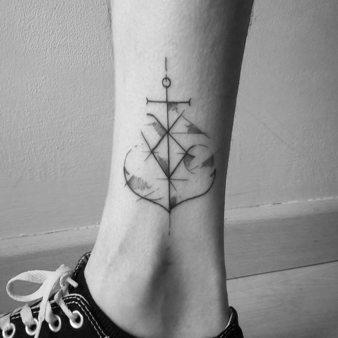 tatuajes anclas minimalistas 4 - tatuajes de anclas