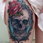 tatuajes calaveras con rosas 2 150x150