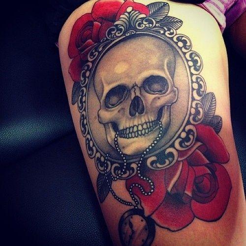 tatuajes calaveras con rosas 3