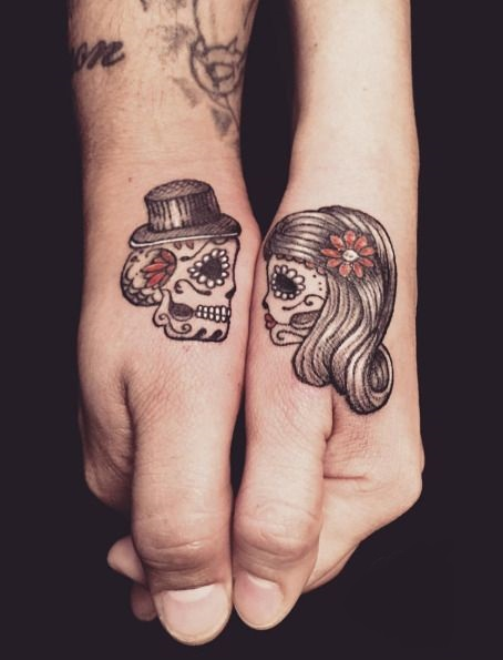 ideas exclusivas de tatuajes de calaveras y cr neos tatuajes geniales. Black Bedroom Furniture Sets. Home Design Ideas
