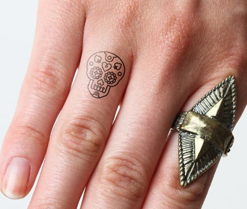 tatuajes catrinas pequeños 2 - tatuajes de catrinas