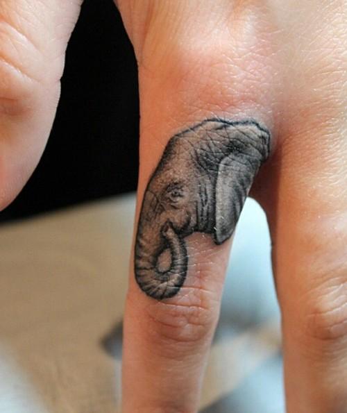 tatuajes de animales en los dedos 4 150x150