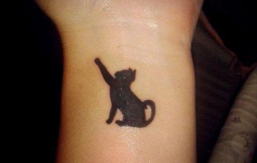 tatuajes-de-gatos-en-la-muneca-gatitos-1
