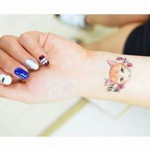 tatuajes de gatos en la muñeca gatitos 19 300x300
