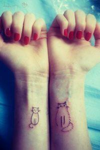 tatuajes de gatos en la muñeca gatitos 21 200x300