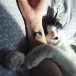 tatuajes de gatos en la muñeca gatitos 4 150x150