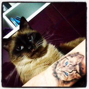 tatuajes de gatos para hombres felinos 1 300x300