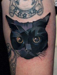 tatuajes de gatos para hombres felinos 4 227x300