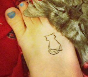 tatuajes de gatos pequeños mascotas felinos 16 300x261