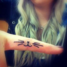 tatuajes-de-gatos-pequenos-mascotas-felinos-30