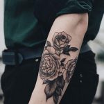 tatuajes de rosas para hombres 1 e1486136318674 150x150