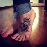 tatuajes de rosas para mujeres 7 150x150