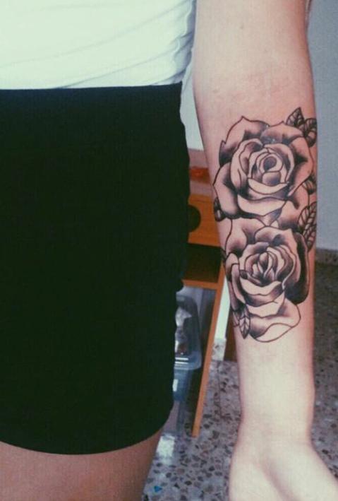 tatuajes de rosas para mujeres 8 - tatuajes de rosas