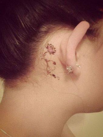 tatuajes-de-rosas-pequenas-1