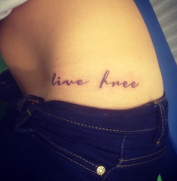 tatuajes en la caderas tatuajes intimos 3 e1485979933717