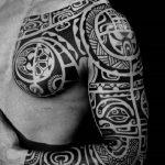 tatuajes maories en el brazo polinesios tattoo 3 150x150