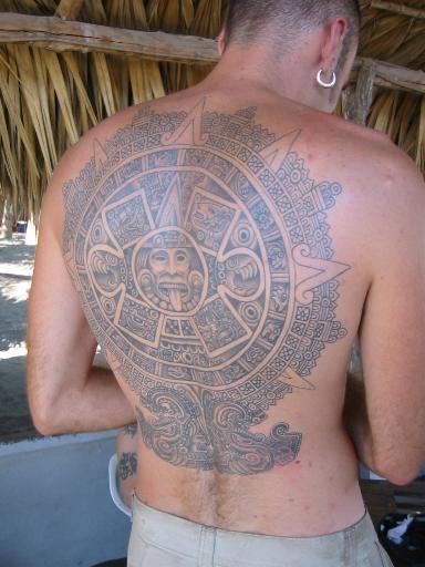 tatuajes sol azteca 2 - tatuajes del sol