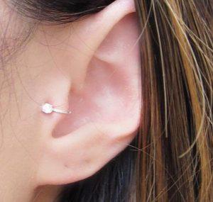 tragus piercing 2 300x285