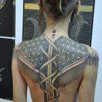 tatuajes de mujeres rastas 1 150x150