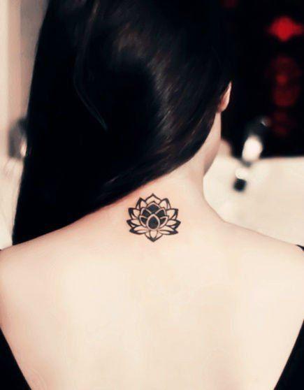 tatuajes mandalas nuca 3 - tatuajes de mándalas