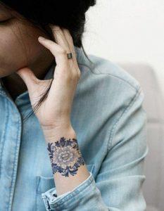 tatuajes mandalas pequeños 5 233x300