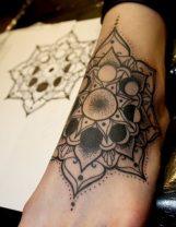 tatuajes-mandalas-pie (3)