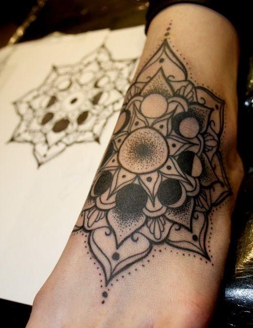 tatuajes mandalas pie 3 - tatuajes de mándalas