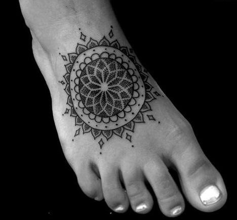 tatuajes mandalas pie 5 - tatuajes de mándalas