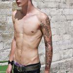 tatuajes para hombres hombres flacos delgados 2 150x150