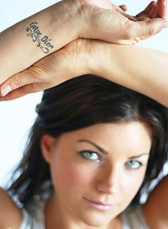 tatuajes carpe diem muñeca 4 e1484331784479