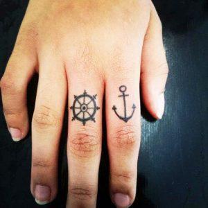 tatuajes hipster de anclas 4 300x300