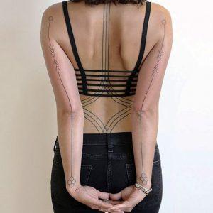 tatuajes hipster para mujeres 8 300x300