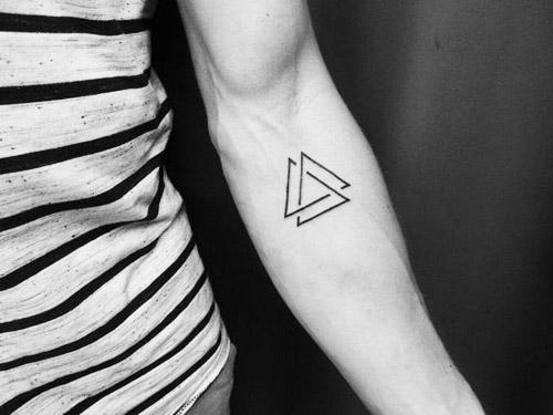tatuajes-hipster-triángulo (6)