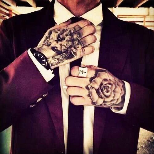 tatuajes hombres mano 1