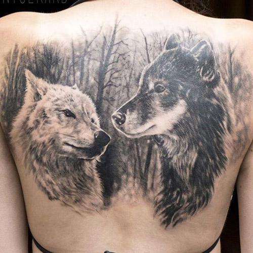 tatuajes lobos espalda 4 - tatuajes de lobos