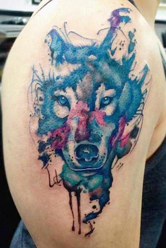 tatuajes lobos hombro brazos 4 - tatuajes de lobos