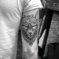 tatuajes-lobos-hombro-brazos (5)
