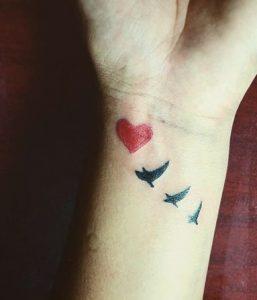 tattoo chicos chiquitos corazones 1 257x300