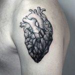 tattoo corazon para hombres 6 150x150