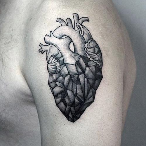 tattoo corazon para hombres 6 - tatuajes de corazones