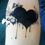 tattoo corazones negros 1 150x150