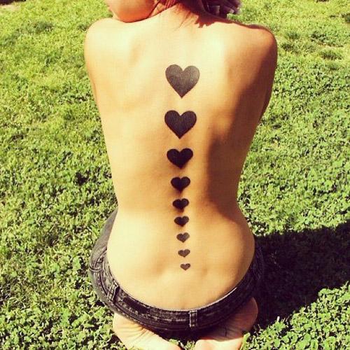 tattoo corazones negros 5 - tatuajes de corazones