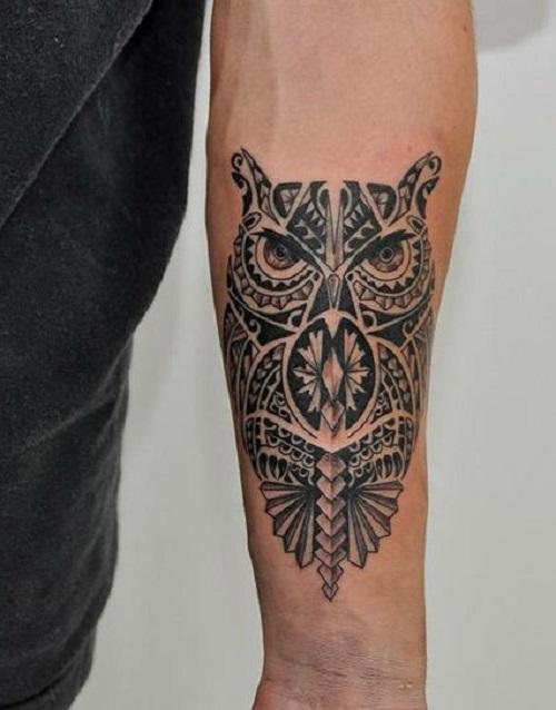 tatuaje buho tribal