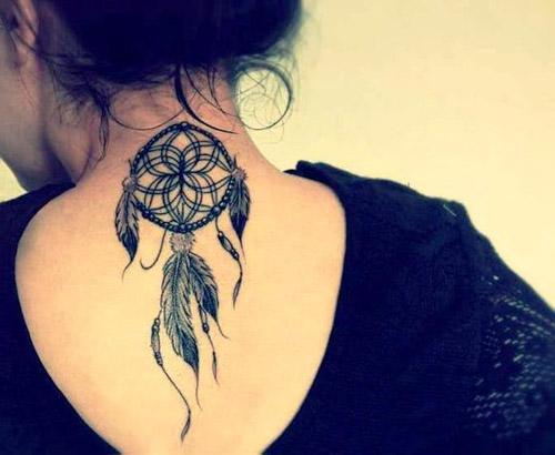 tatuajes atrapasueños espalda 2