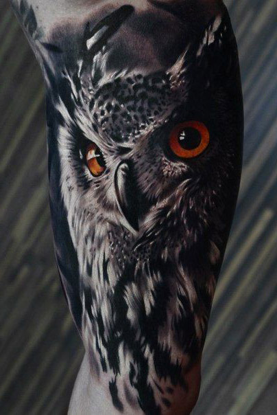 tatuajes buhos lechuzas hombre brazo tattoo 5 - tatuajes de búhos