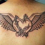 tatuajes corazones alas 2 150x150