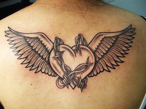tatuajes corazones alas 2 - tatuajes de corazones